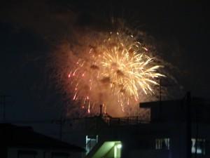 近所の花火1