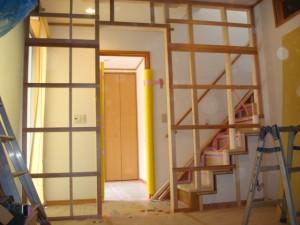 2世帯住宅に改装 市川市 K様邸 施工中 階段室の仕切り