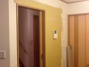 ドア交換 捨て張り 施工中