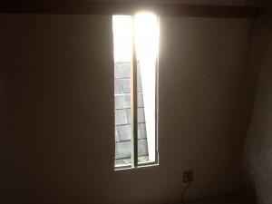 和室に新しい窓を 船橋市 施工中