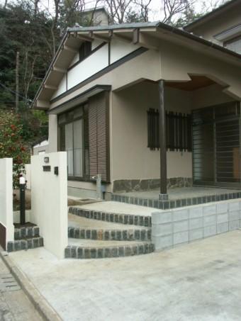 玄関廻の壁を造作 施工後