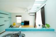 狭小住宅への採光とペットとの共生 東京都 LDK施工後のキッチンから