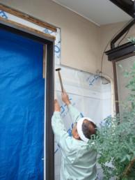 モルタル外壁 塗装中