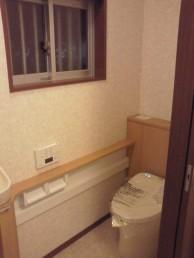 トイレ出入り口 引戸